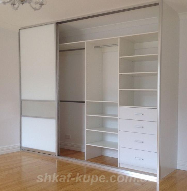 встроенный шкаф в спальню на заказ
