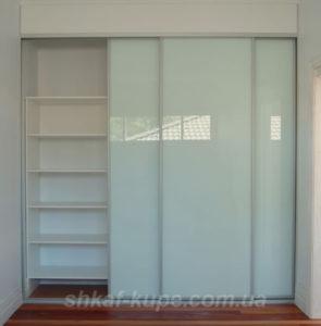 Шкафы-купе в коридор на заказ буча