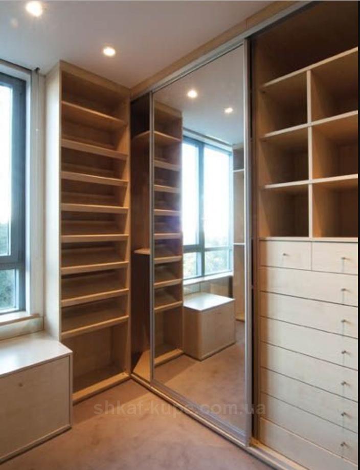 авторский угловой шкаф на заказ в спальню БУча