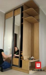авторский шкаф-купе в коридор