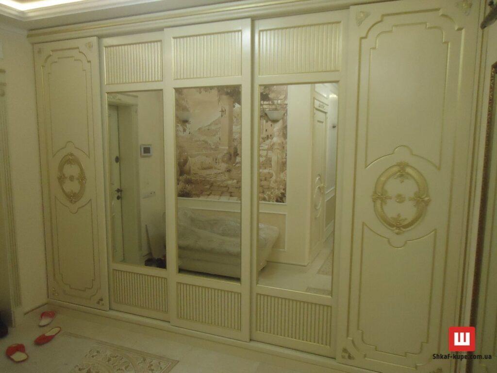 четырех дверный деревянный шкаф-купе