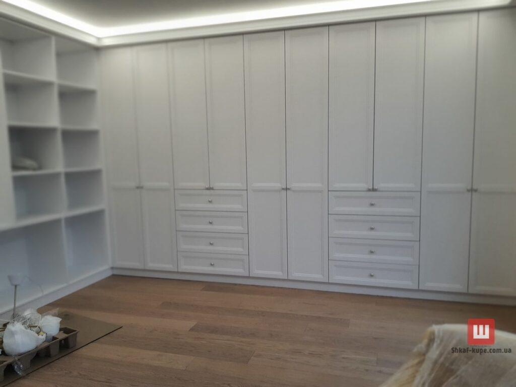 заказать изготовление встроенной мебели