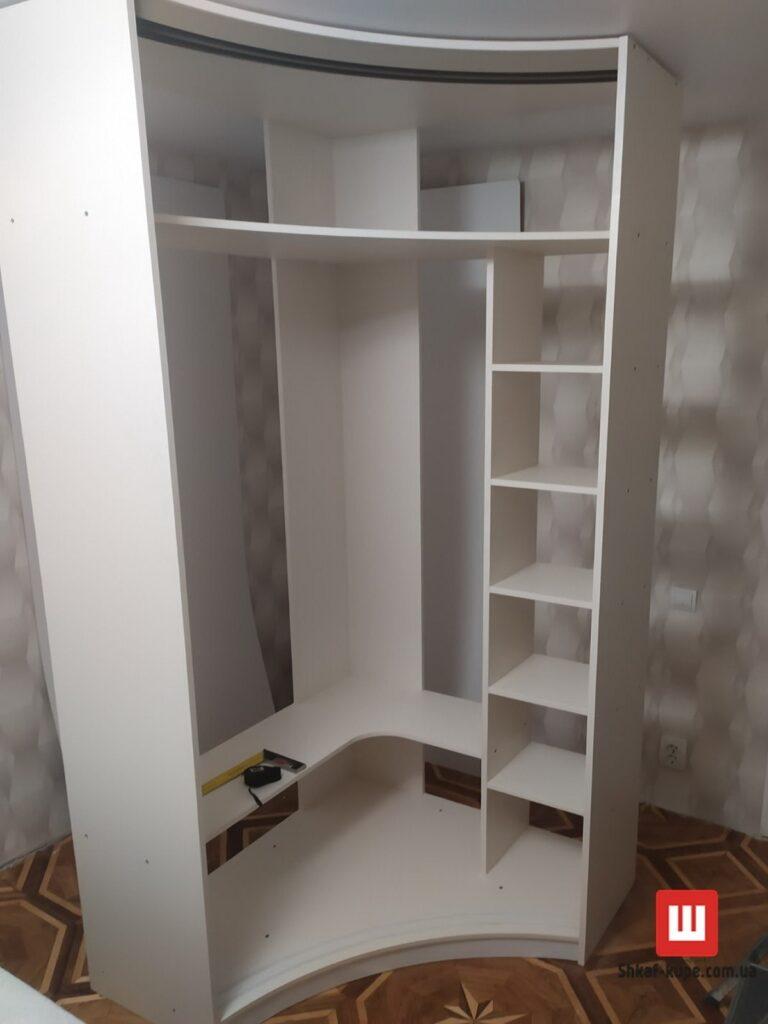 этапы сборки радиусного шкафа с разжвижными дверями