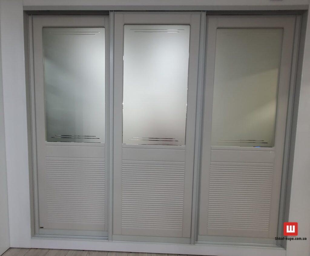 трех дверный встроенный шкаф под заказ