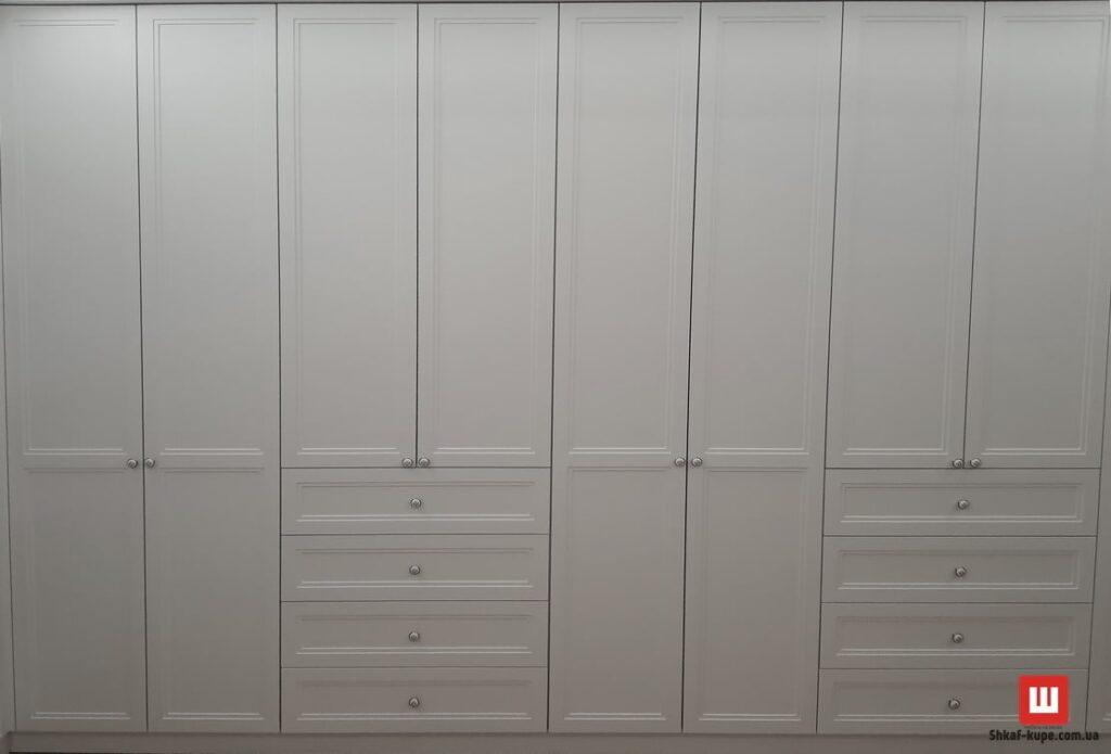 огромный встроенный шкаф купе на заказ