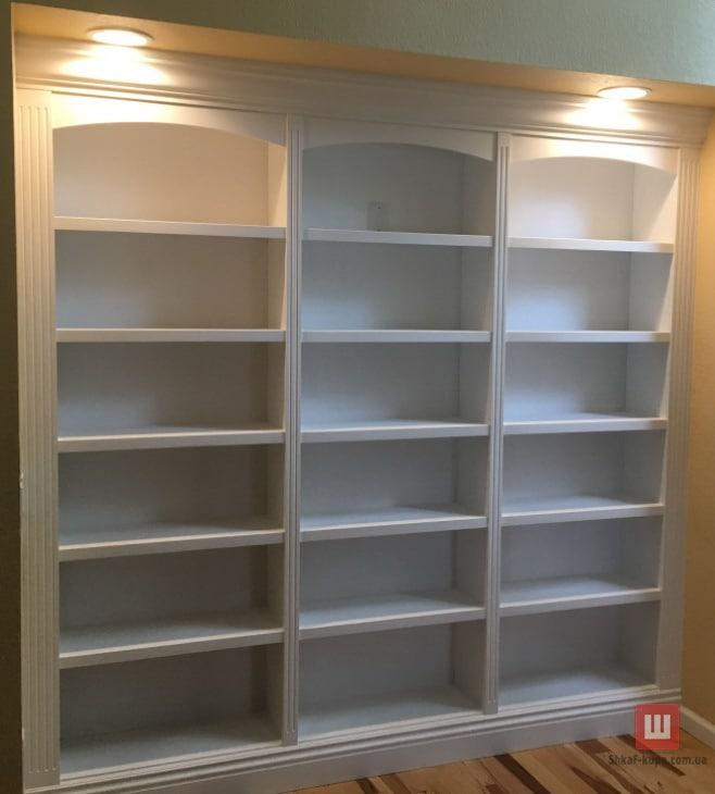 шкаф для хранения книг