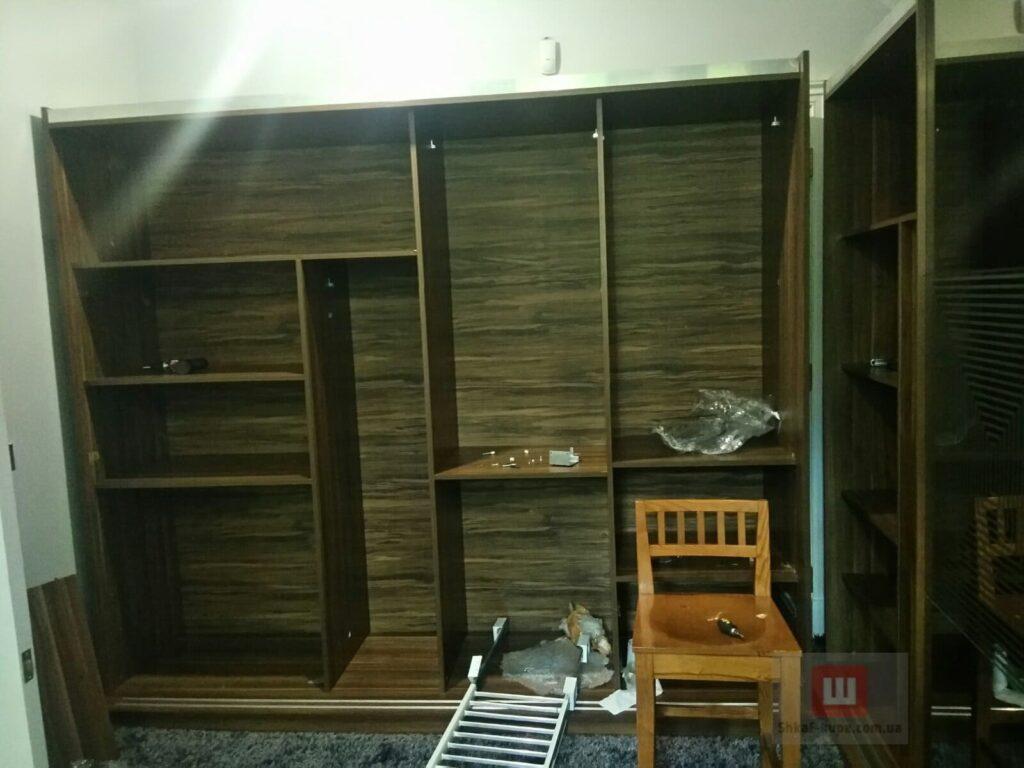 шкафы-купе для спальни четыре двери на заказ
