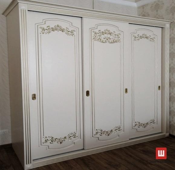 шкаф из дерева на заказ Новые Петровцы