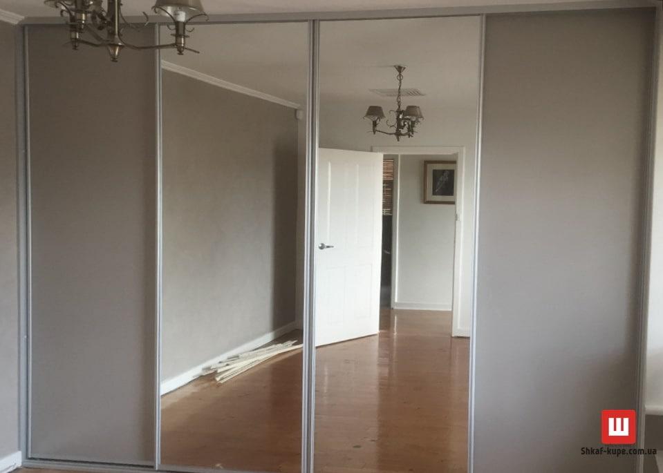 шкаф-купе под заказ Житомир с зеркальными дверями